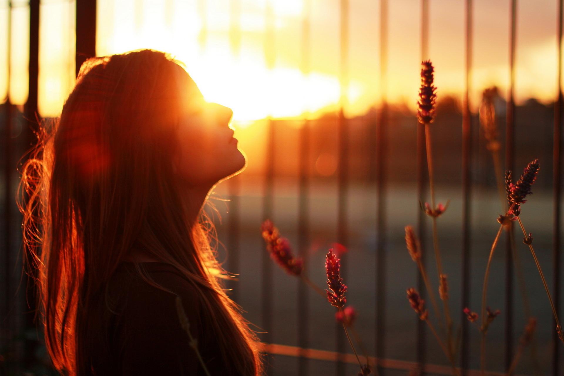 девушка фото рассвет